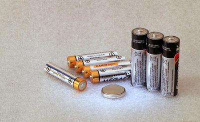Como fazer o descarte de pilhas da forma certa?