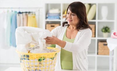 7 dicas de como tirar mancha de roupa branca